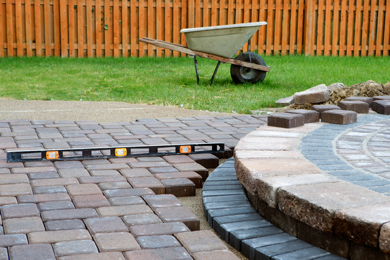 What's The Best Material For Sloping Driveway? | Home Logic UK