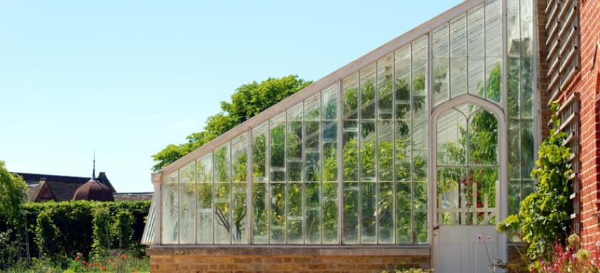 Plagued By Polycarbonate Roof Problems? Here's What To Do…