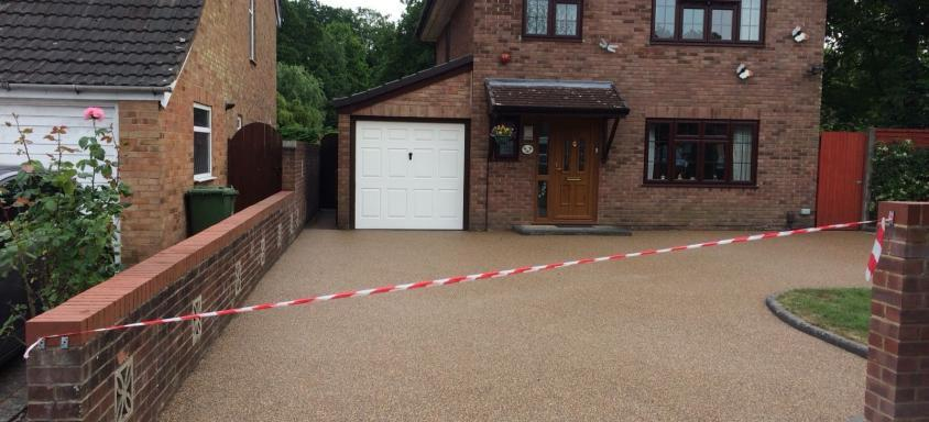 Resin Bound Driveway Home Logic UK