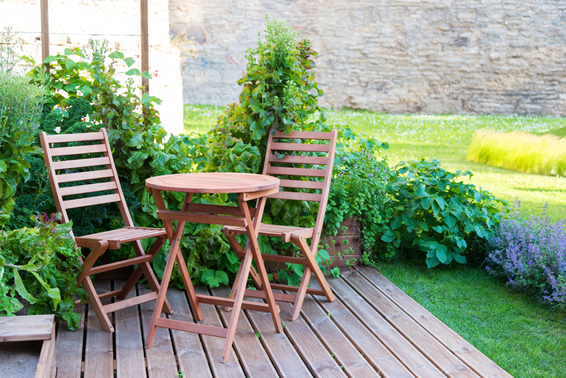 What Type Of Garden Furniture Should I Buy