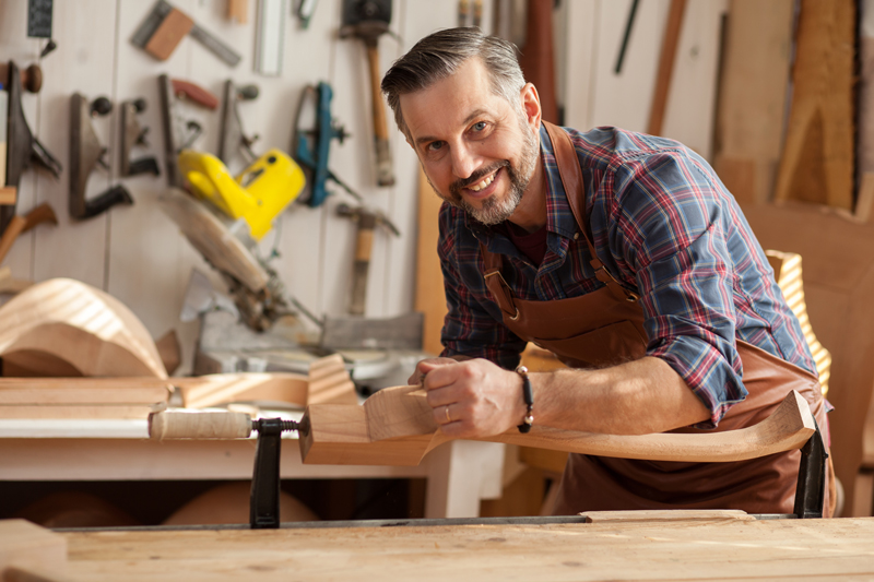 3 Easy-Peasy Woodworking Projects That Absolutely Anyone Can Do!