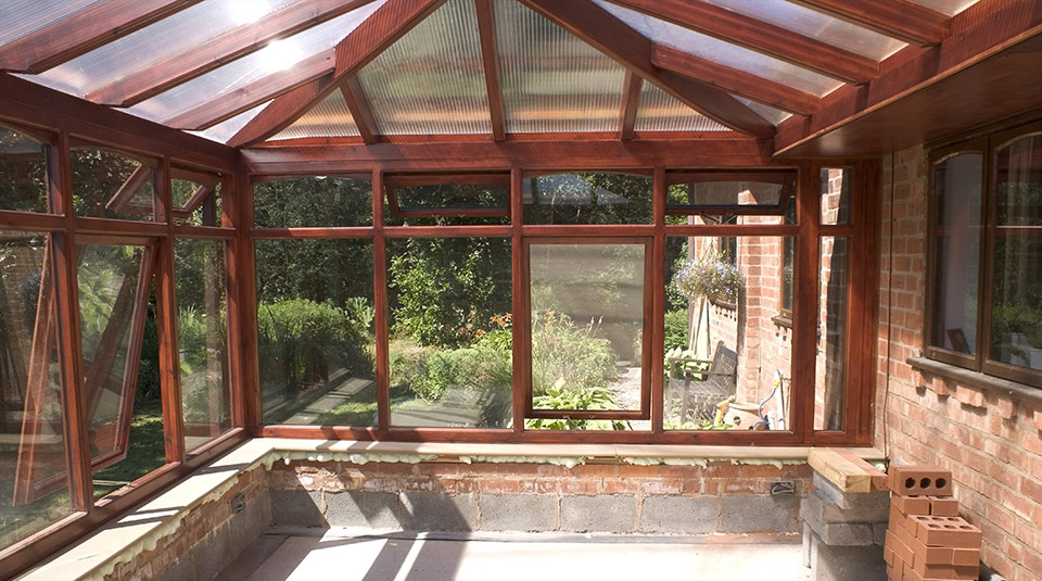 can a conservatory have a solid roof