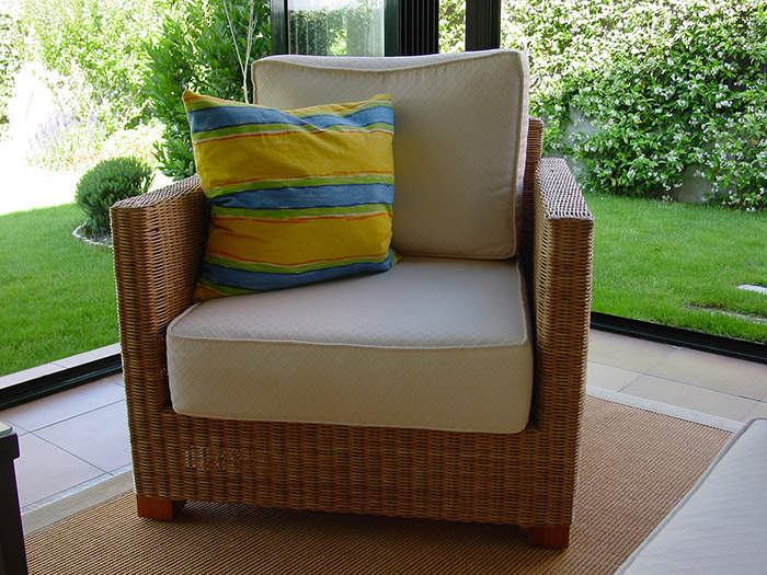 how-to-make-a-conservatory-cosy