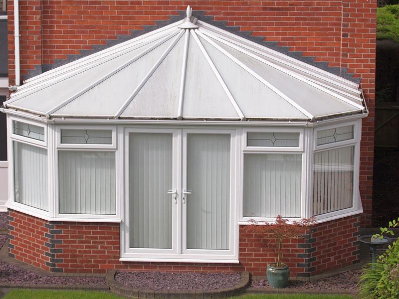 polycarbonate-roof-disadvantages
