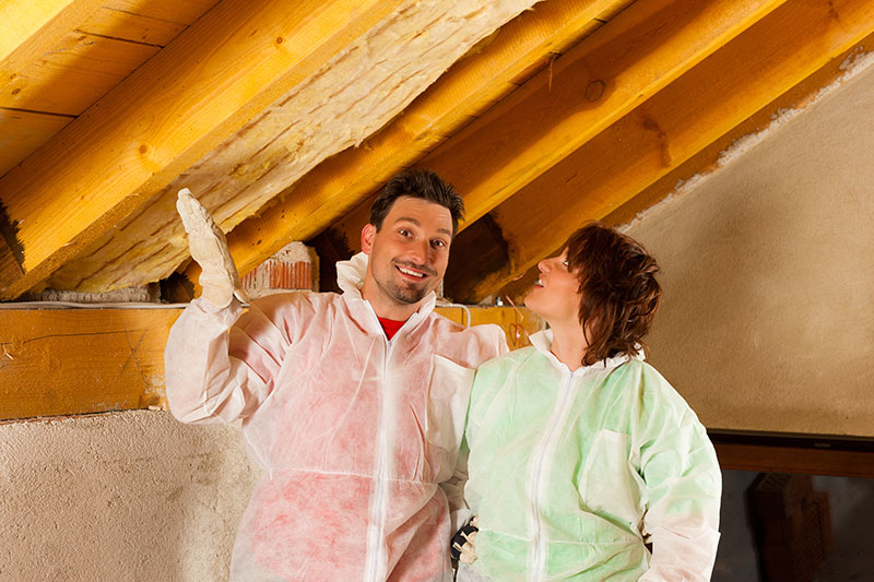 how to install insulation in ceiling