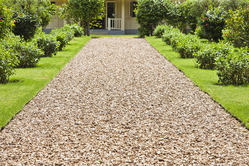 driveway-with-grass-in-the-middle