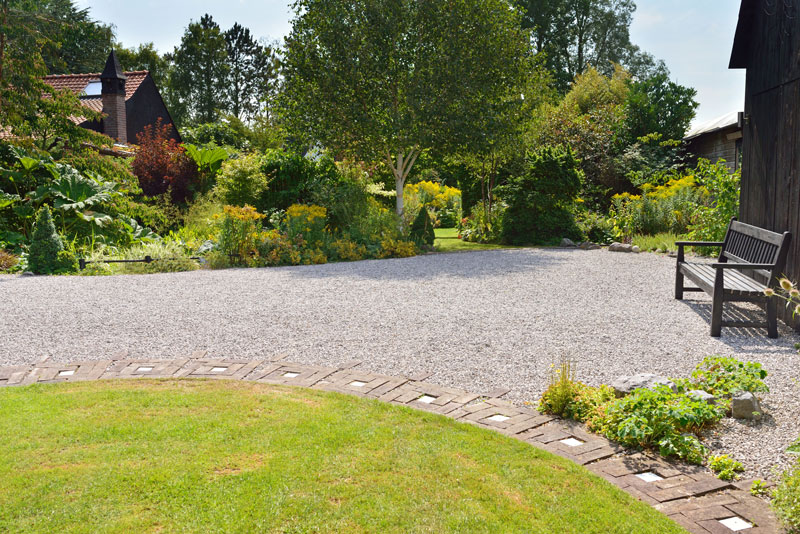 how to make your driveway look better