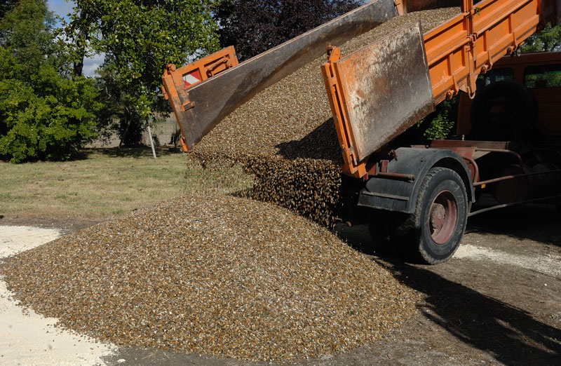 Best Material For Dirt Driveway Renovations