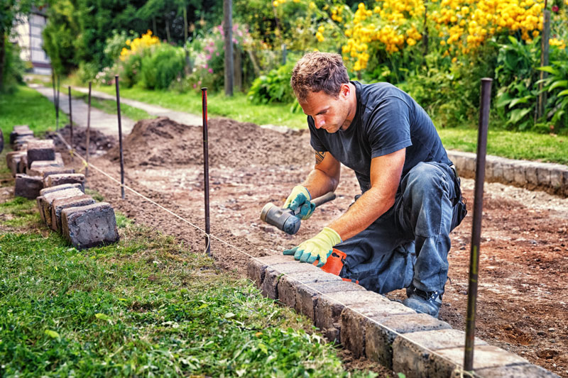 Cheap Gravel Driveway Edging Ideas