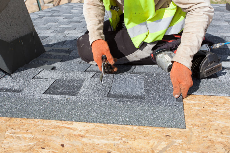 average cost of asphalt roof replacement