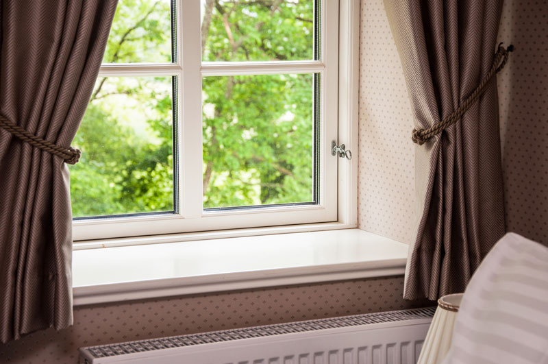 are vinyl windows good or bad